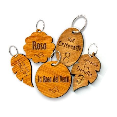 Portachiavi ovale in legno d'ulivo art. P050